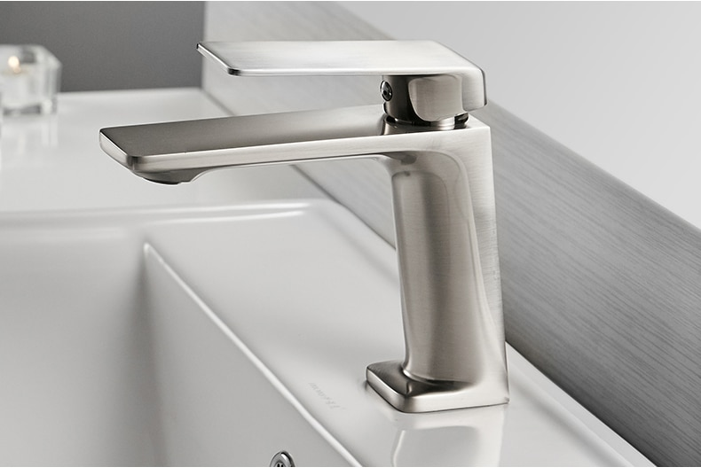 Basin Faucet Bathroom Chrome Deck Mounted Mixer
