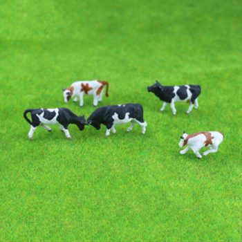 Diy HO 1:87 Scale Colorful Cow Model