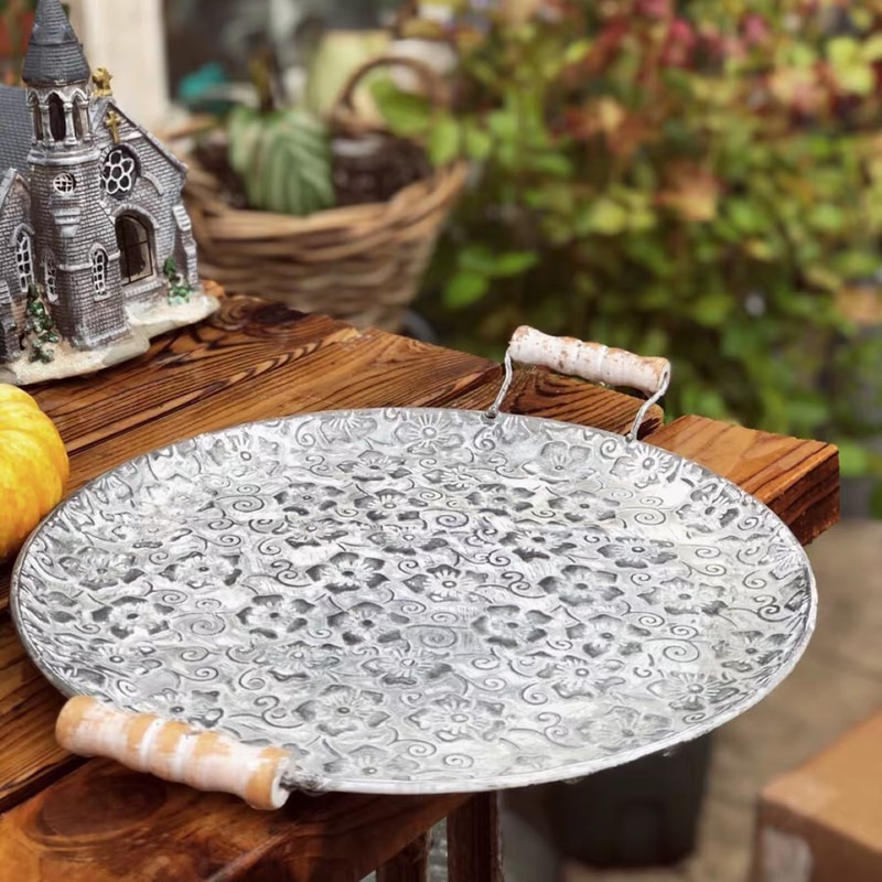 Round Flat Metal Plate Handcrafted Retro Dessert Cake Bread Serving Tray
